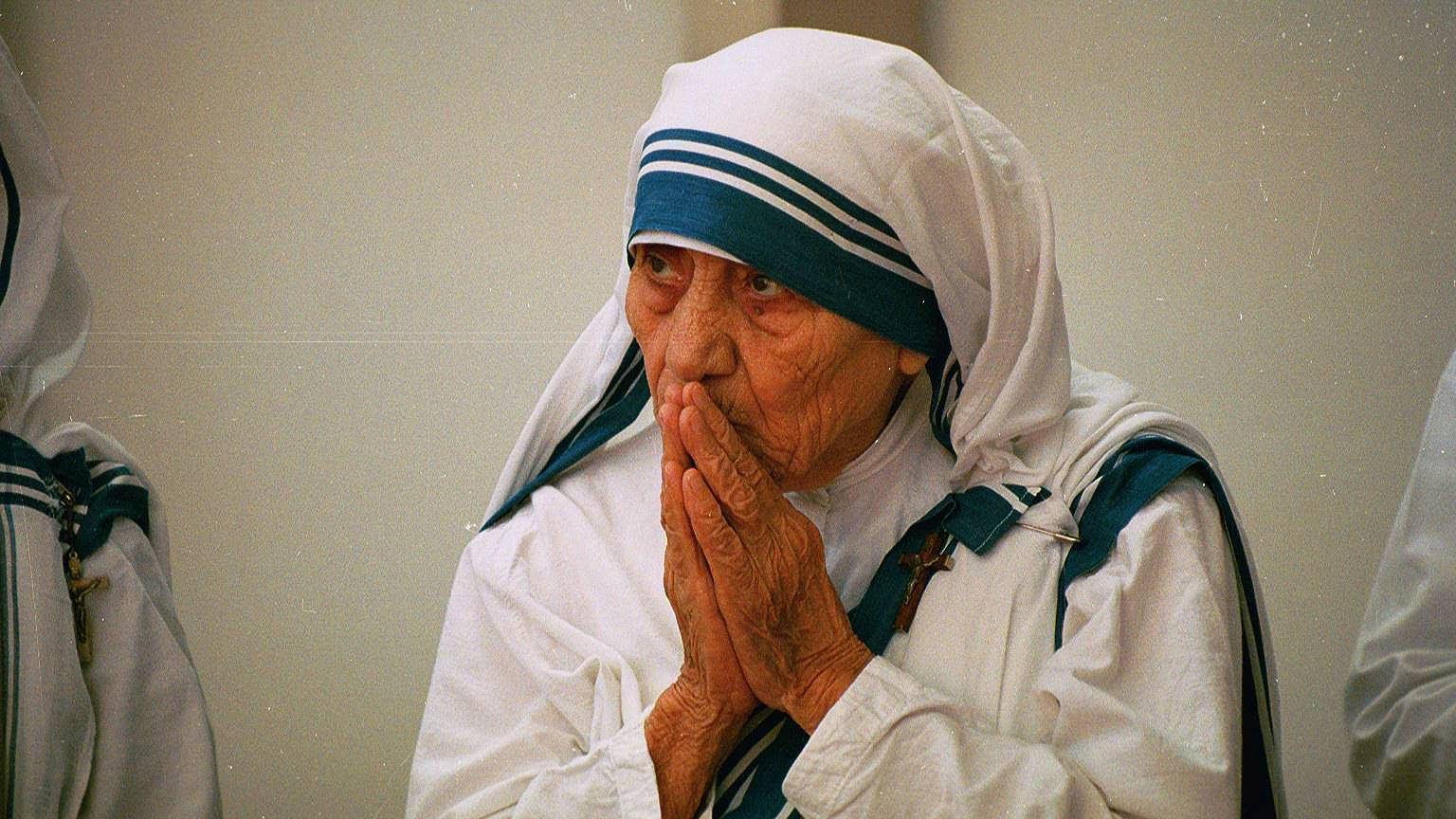 Znalezione obrazy dla zapytania Matka Teresa(2003) cz.1